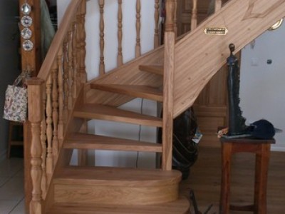 32. Лестница из дуба